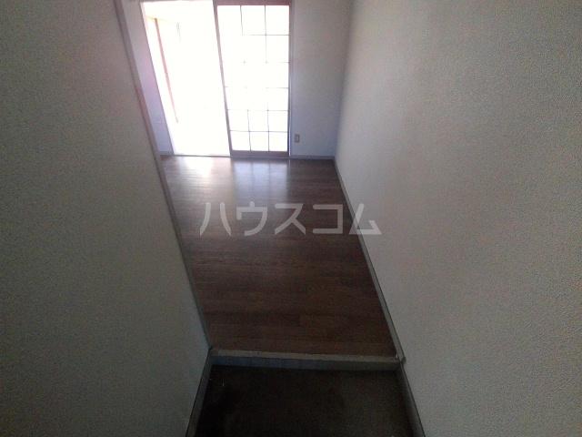メゾンKAMII Ⅱ 101号室のベッドルーム
