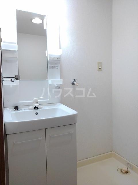 サンシティ小坂井 B 01040号室の洗面所