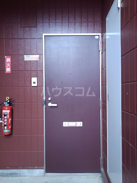 サンシティ小坂井 B 01040号室の玄関
