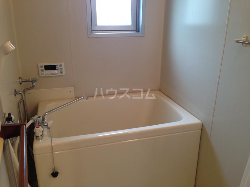 マンション杉 401号室の風呂
