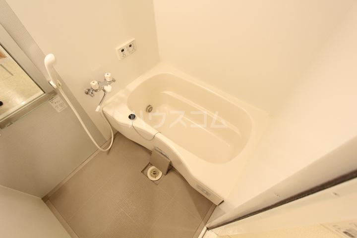 プランドール 101号室の風呂
