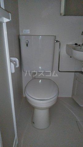 ヴランドール船橋駅前南 102号室のトイレ
