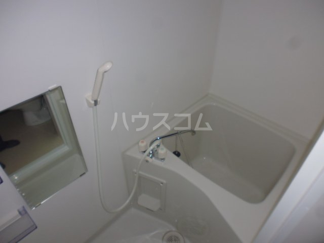 ヴランドール船橋駅前南 103号室の風呂
