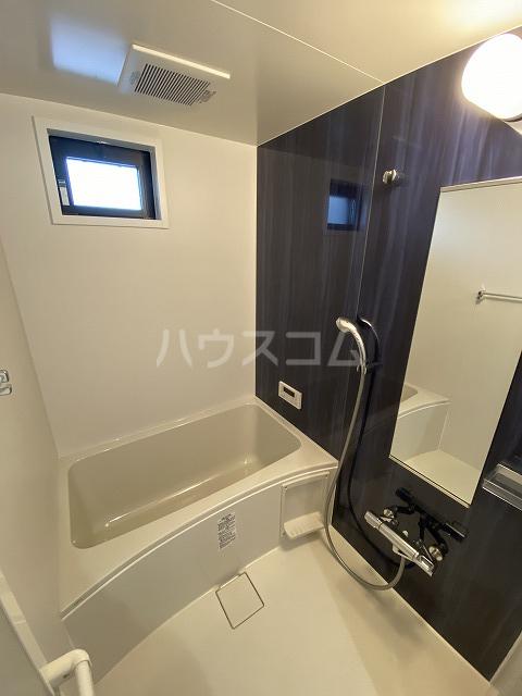 レジデンス幸田駅前 101号室の風呂