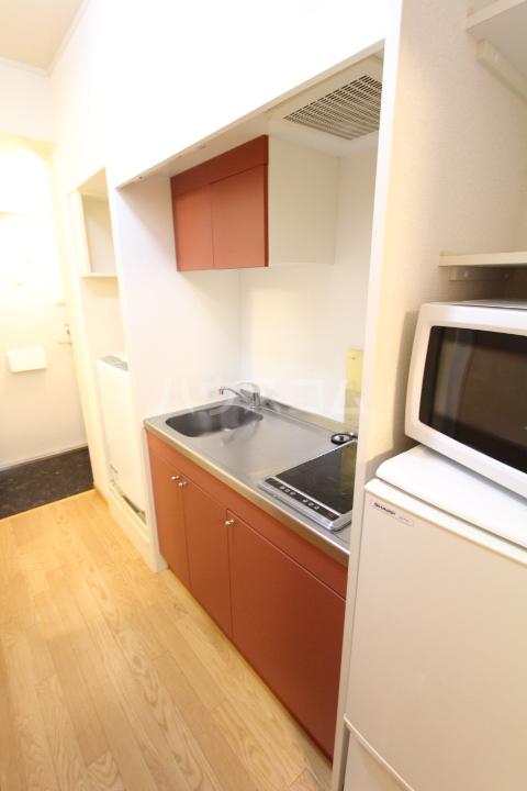 レオパレス月見 201号室のキッチン