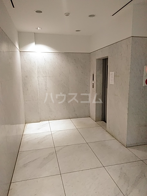 Iida Annex V 303号室のロビー