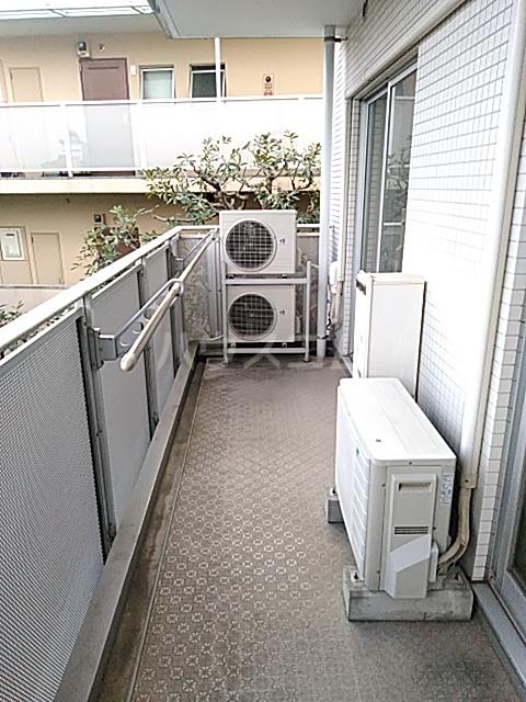 Iida Annex V 303号室のバルコニー