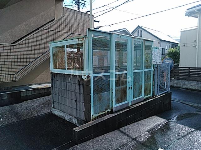 萩野マンションB棟 202号室のエントランス