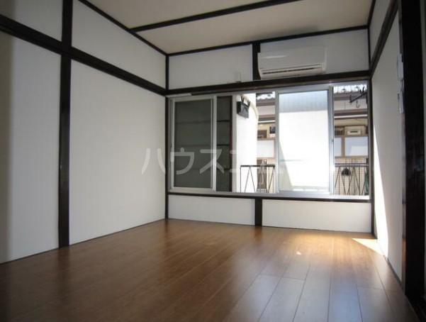 第二早川コーポ 222号室のリビング