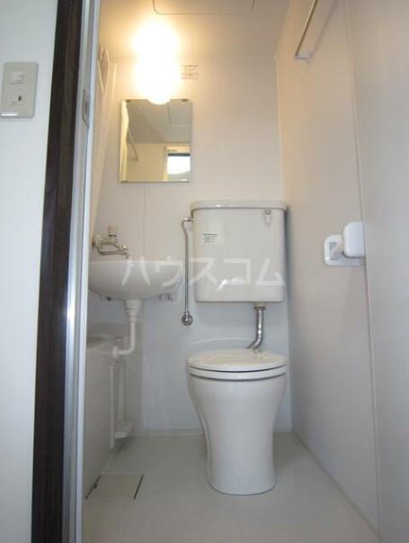 第二早川コーポ 222号室のトイレ