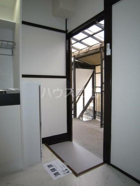 第二早川コーポ 222号室の玄関