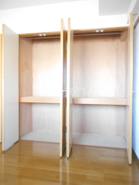 バンブール32 101号室の収納