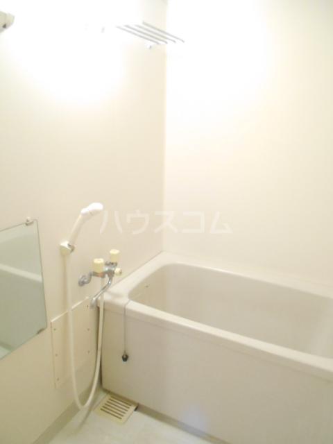 バンブール32 101号室の風呂