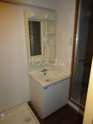 バンブール32 101号室のトイレ