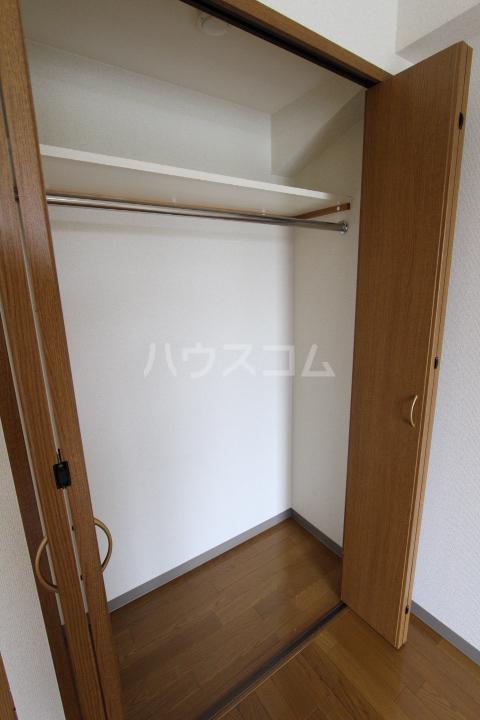 すまいる築山Ⅱ 208号室の収納
