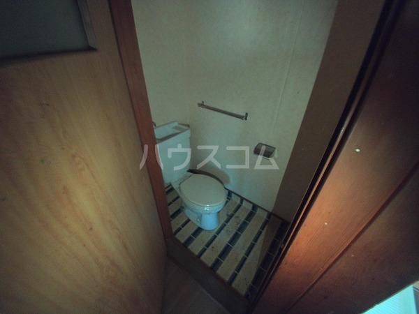 コーポウチダ C号室のトイレ