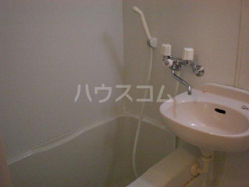 レオパレスマカービルシャナ 207号室の洗面所
