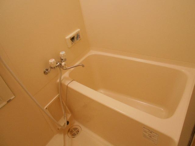 ピュアヒルズ 201号室の風呂