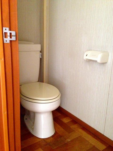 フラットK 203号室のトイレ