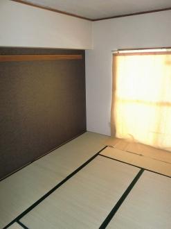 サンシャインシティ 306号室の居室
