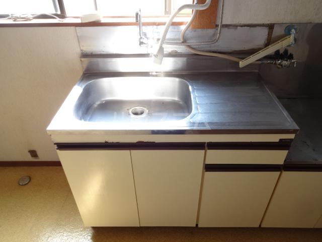 コーポフジ 202号室のキッチン