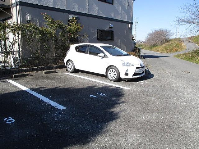 ヴィーナスハイツAB A202号室の駐車場