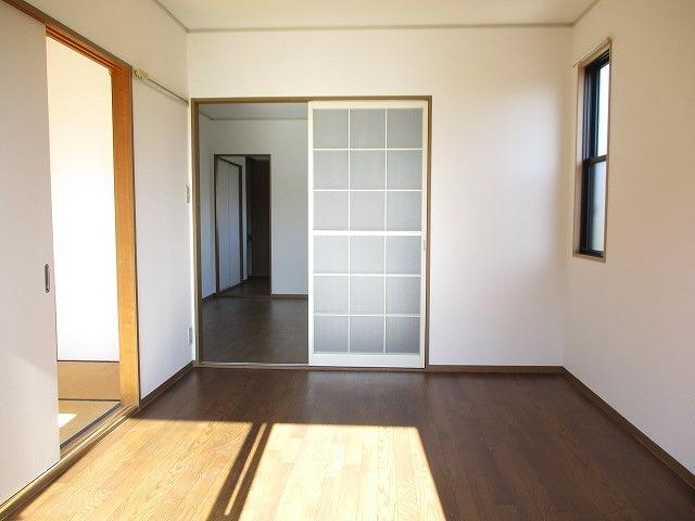ヴィーナスハイツAB A202号室のリビング