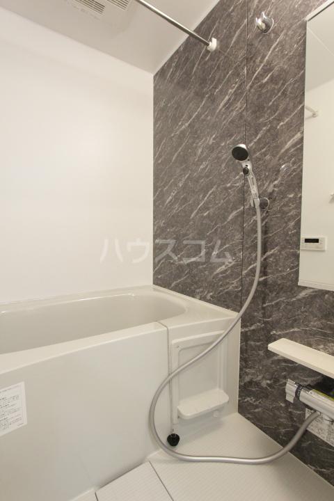 アンソレイユ市木 01010号室の風呂