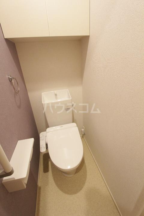 アンソレイユ市木 01010号室のトイレ
