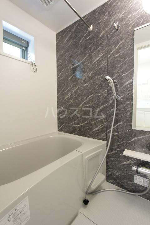 アンソレイユ市木 02020号室の風呂