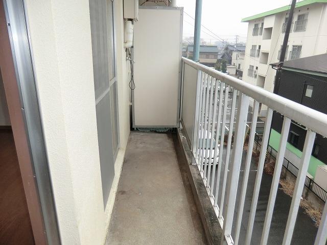 昭和レジデンス4 402号室のバルコニー