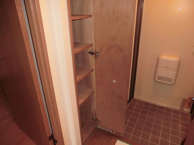 昭和レジデンス4 402号室の玄関