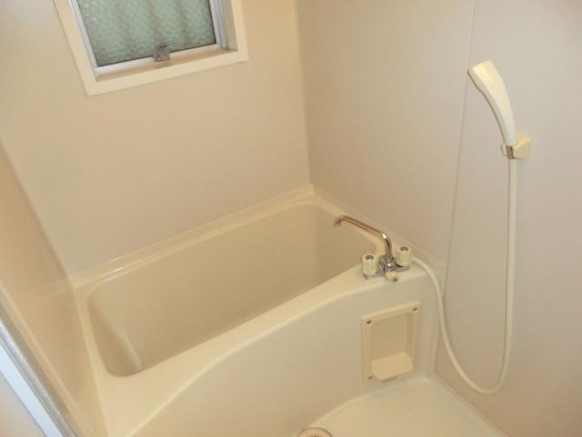 昭和レジデンス4 402号室の風呂
