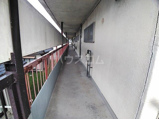 コーポ堂前 101号室のロビー