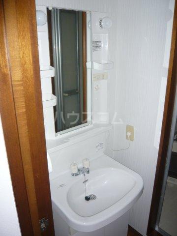 エクセル下馬Ⅴ 103号室の洗面所