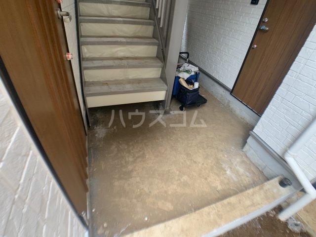 ジャサント津田沼 101号室のエントランス
