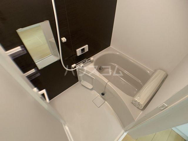 ジャサント津田沼 101号室の風呂