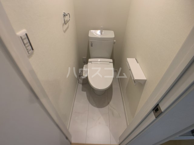 ジャサント津田沼 101号室のトイレ