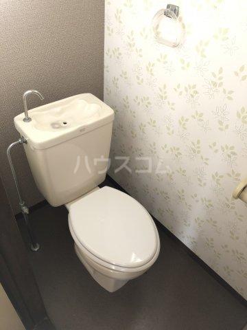クレストK 202号室のトイレ