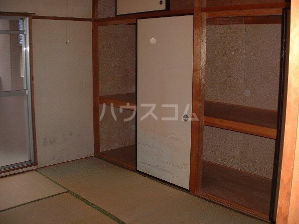 第2マンション鈴木 A-4号室の収納