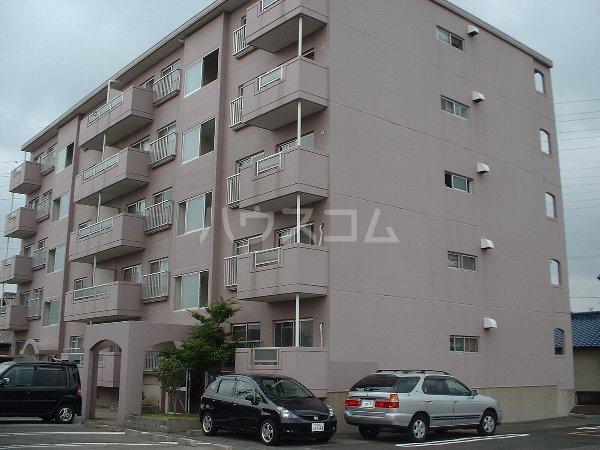 第2マンション鈴木 A-4号室の駐車場