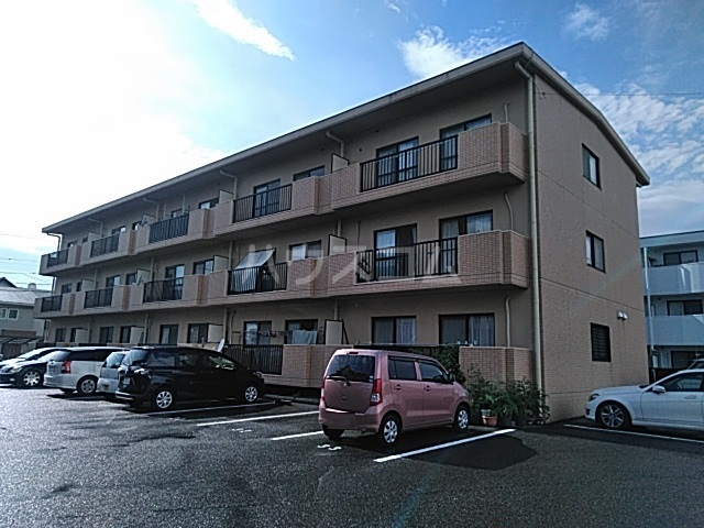 萩野マンションB棟 202号室の外観