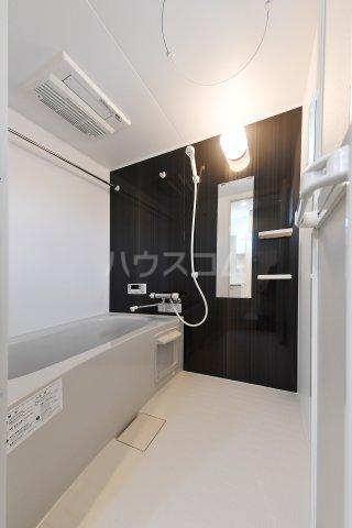 TIERRA安城 101号室の風呂