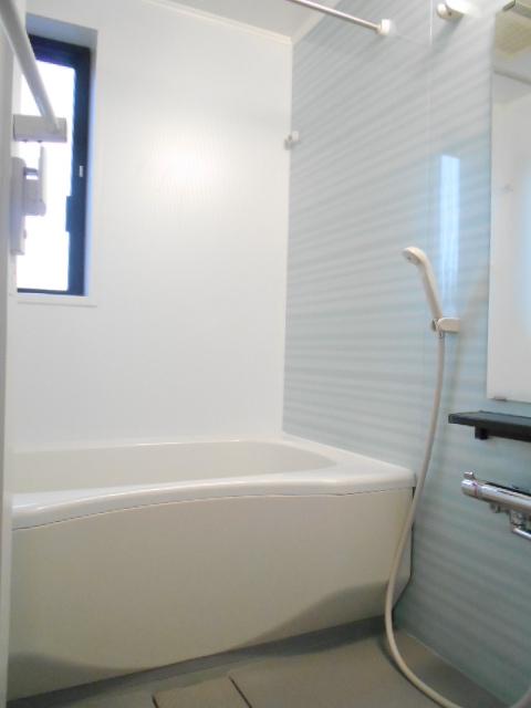VillaQuattro 102号室の風呂