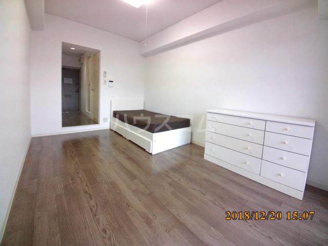 ミルオンデュール竹生 801号室の居室