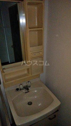 アークセカンド 302号室の洗面所