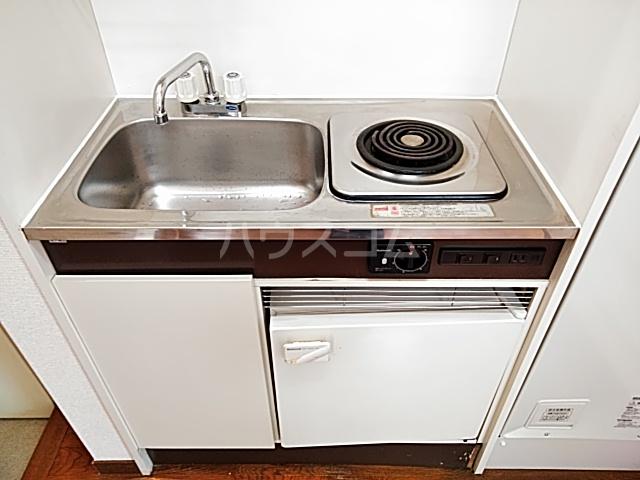 アンダンテ若宮 202号室のキッチン