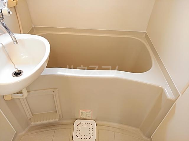 アンダンテ若宮 202号室の風呂