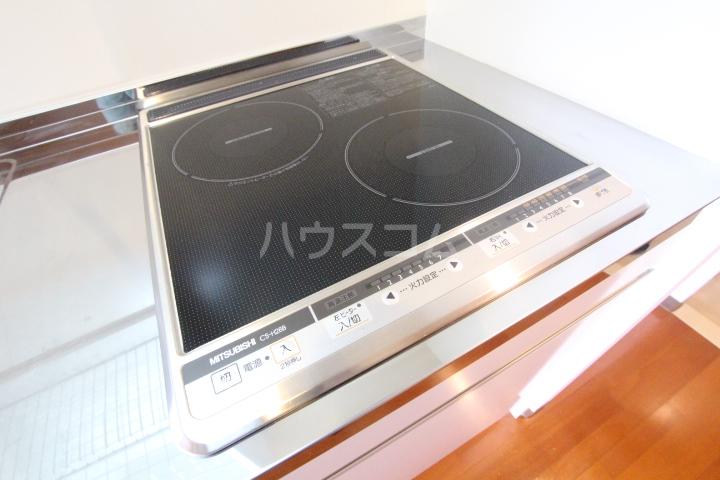 ルミエール伊保原 305号室の駐車場