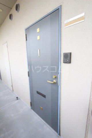 ルミエール伊保原 305号室の玄関